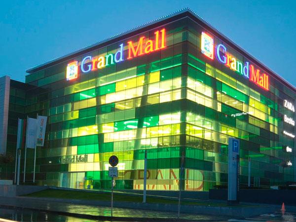 grand mall varna desizo monni